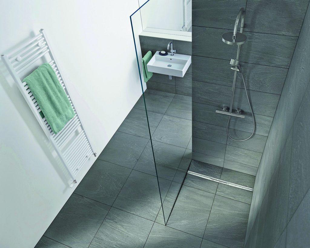 Reibungsloser Ablauf – Sichere Entwässerungssysteme für bodengleiche Duschen